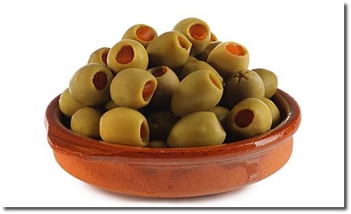 oliven-mit-paprika